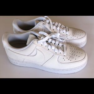 Nike Men's Air Force 1 White Leather Sneakers 9.5
